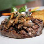 安いステーキ肉を湯煎するだけで絶品高級ステーキの味にする方法と、簡単美味しいステーキソースの作り方とは【得する人損する人】