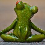 垂れたお尻を鍛えてヒップアップしてくれるカエル泳ぎ運動・カニ歩き運動のやり方は?腰痛改善も?【THE名医の太鼓判】