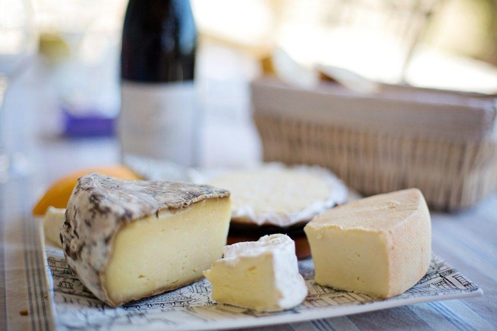 ブルーチーズ(アトリエ・ド・フロマージュ)なのにキャラメル!?国産チーズTOP3森のチーズ(那須の森)・三良坂フロマージュ取り寄せ通販は?【初耳学】