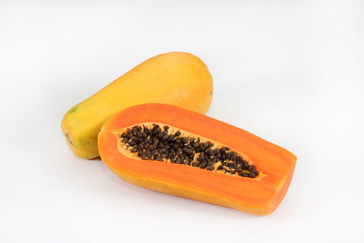 """40才からのダイエット食事でおすすめのフルーツは""""パパイヤ"""""""