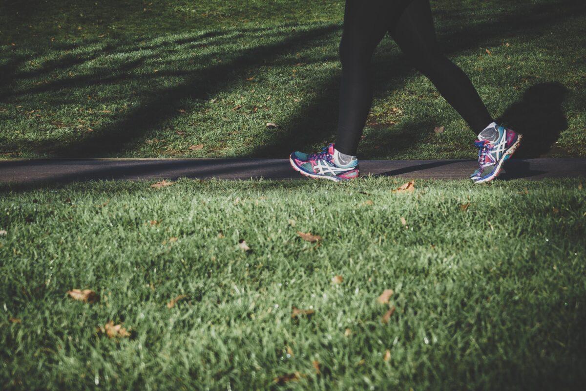 40才からのダイエット運動ウォーキングで痩せる効果アップするには